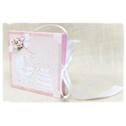 Pudełko w formie kartki okolicznościowej ~Pamiątka Chrztu Św.~ dziewczynka